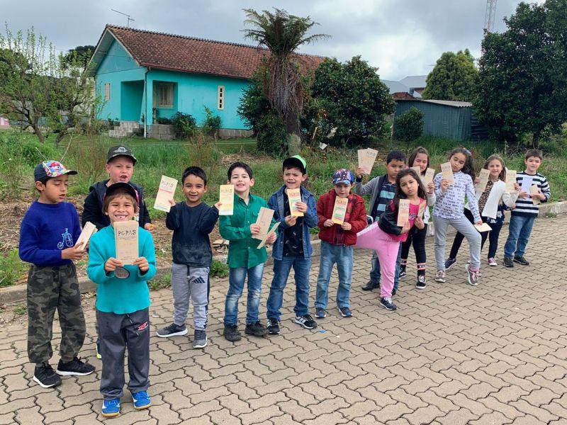 Foto de capa da notícia: Alunos da Escola Ursinho Carinhoso participam de projeto sobre preservação de marsupiais