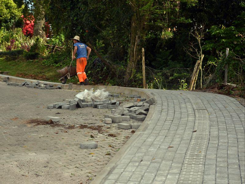 Foto de capa da notícia: Avança o projeto de construção da Rua dos Jardins em Nova Petrópolis