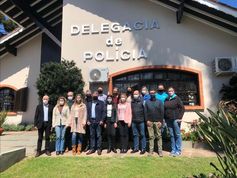 Foto de capa da notícia: Campanha busca recursos para a Sala de Acolhimento na Delegacia de Nova Petrópolis