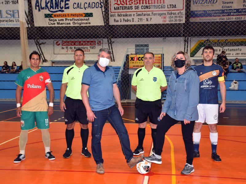 Foto de capa da notícia: River Plate Futsal e LDO goleiam na estreia e lideram o Torneio Reinício de Futsal