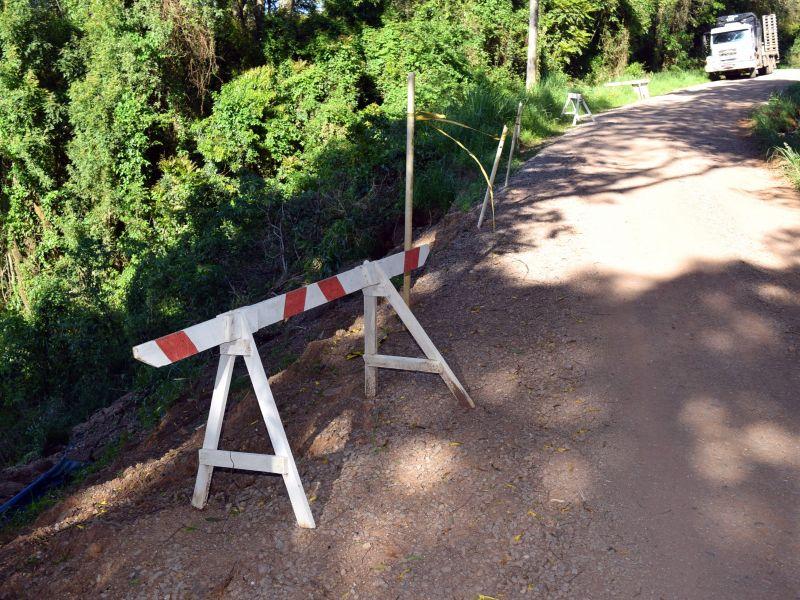 Foto de capa da notícia: Estrada Morro da Fome ficará fechada para obras até 21 de outubro