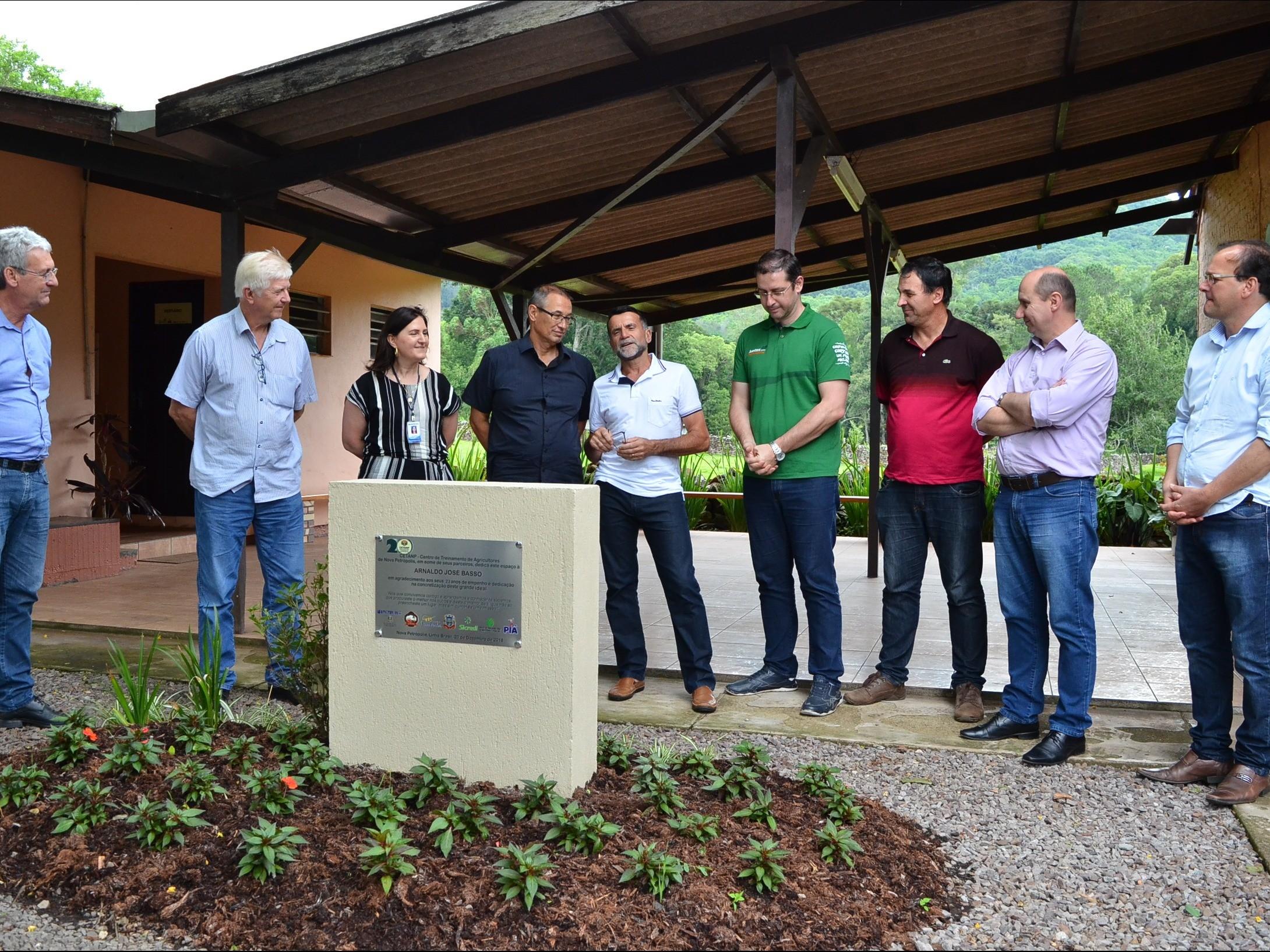 Foto de capa da notícia: Arnaldo José Basso é homenageado no CETANP em Nova Petrópolis