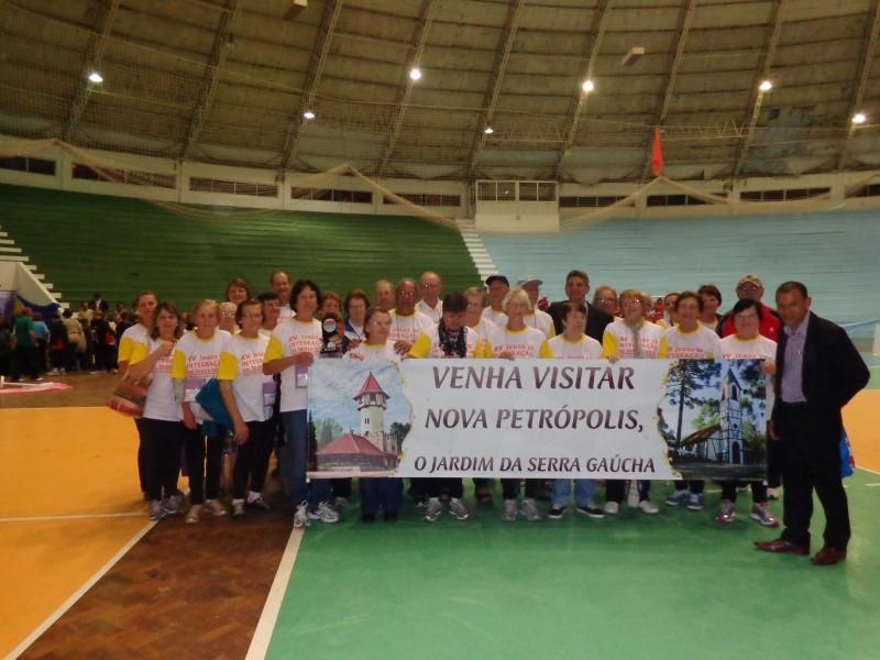 Foto de capa da notícia: Idosos de Nova Petrópolis participam dos Jogos de Integração do RS