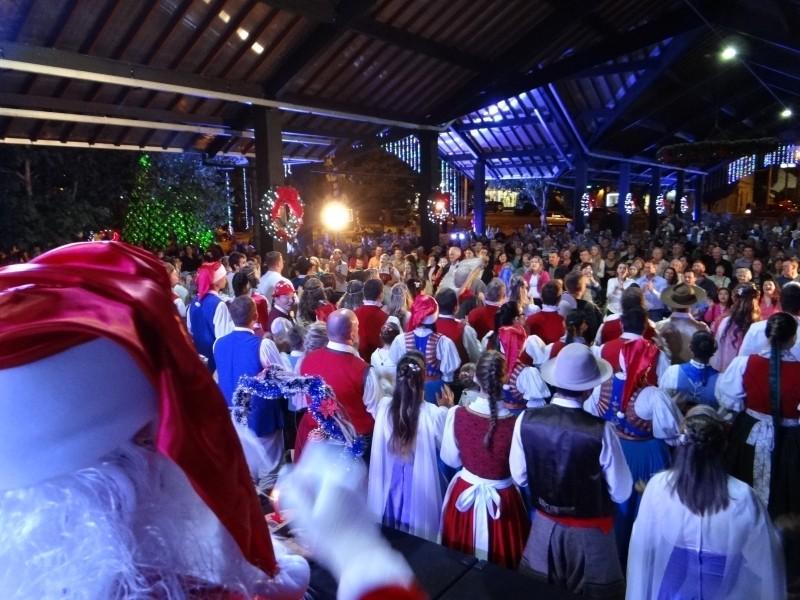 Foto de capa da notícia: Natal no Jardim da Serra Gaúcha terá música e teatro no final de semana