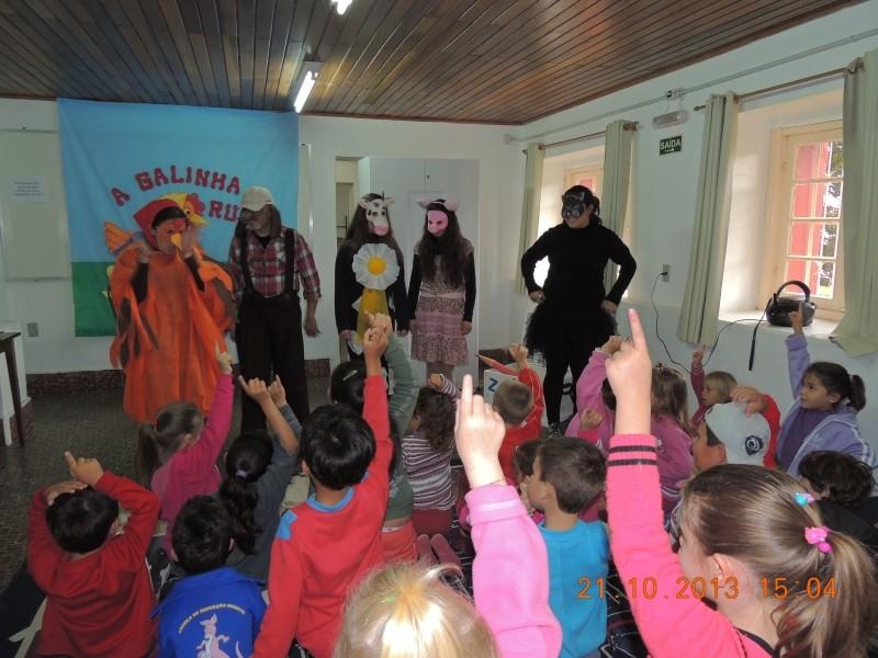 Foto de capa da notícia: Olimpíada da Literatura Infantil mobiliza crianças do município