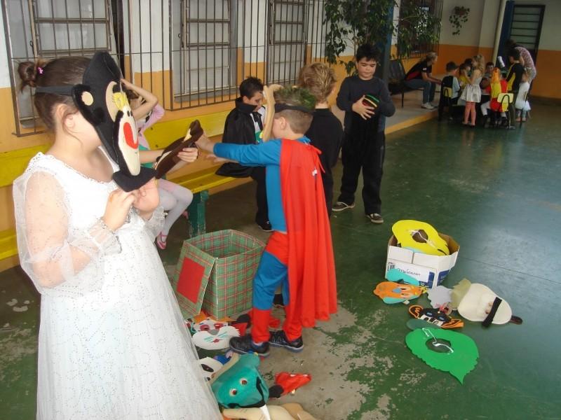 Foto de capa da notícia: Garotada se diverte na Semana da Criança da Escola Luiz Loeser