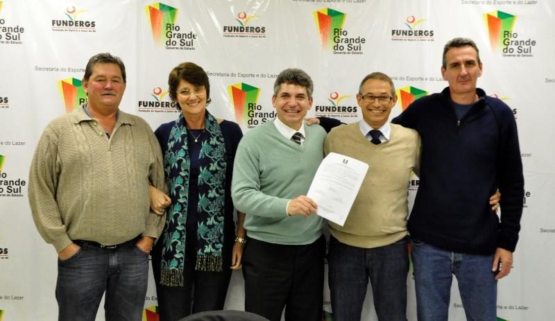 Foto de capa da notícia: Fundergs apoia V Copa Nova Petrópolis de Futsal