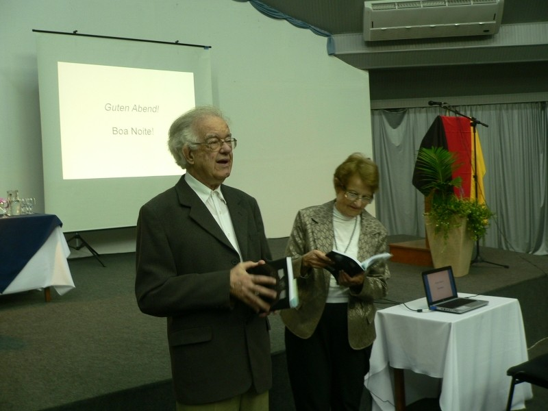Foto de capa da notícia: Curso de Alemão teve sua primeira aula