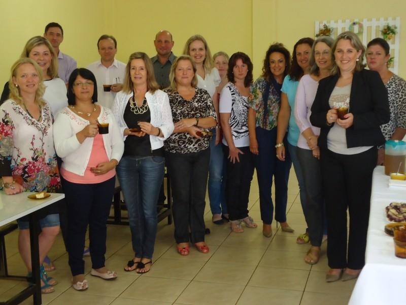 Foto de capa da notícia: Secretaria Municipal de Educação se reúne com diretorias de escolas