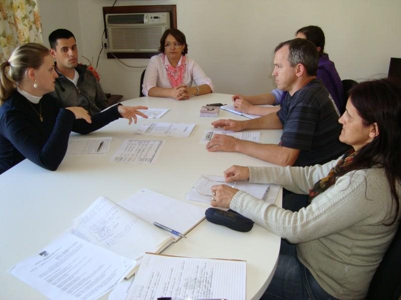 Foto de capa da notícia: Membros do Comdica se reúnem em Nova Petrópolis