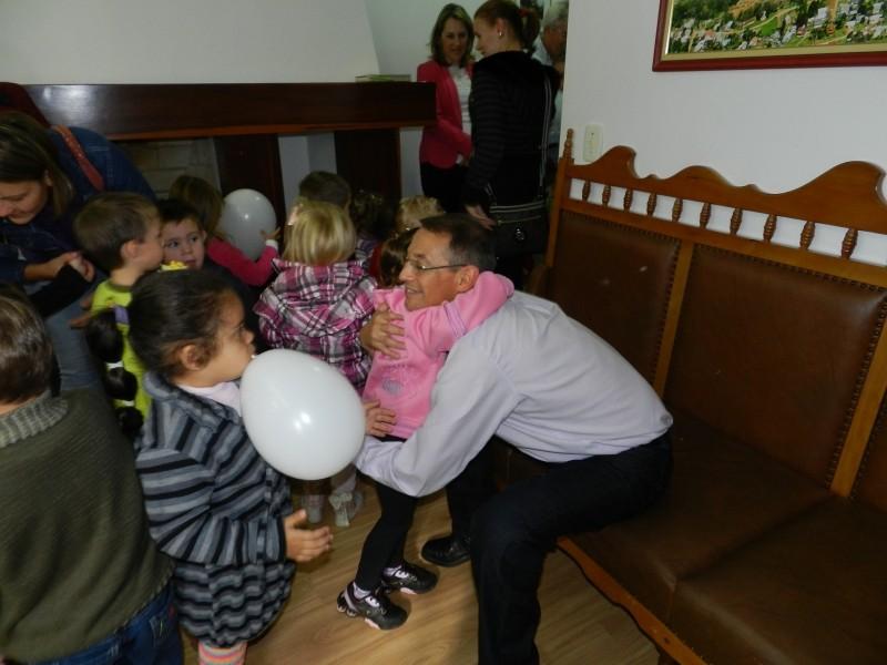 Foto de capa da notícia: Escola Jacob Jaeger visita prefeitura