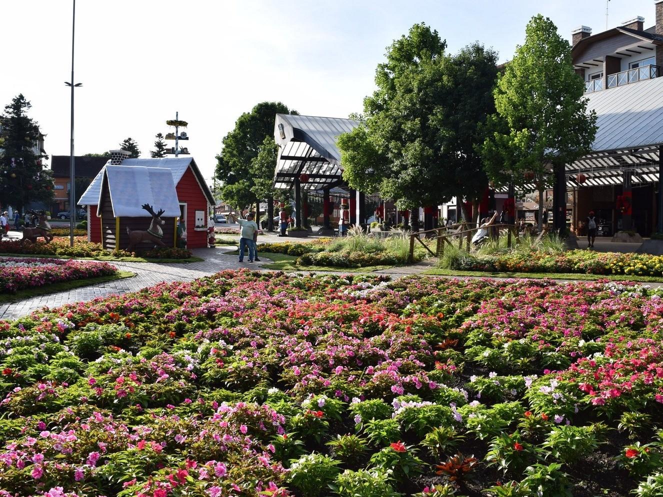 Foto de capa da notícia: Praça das Flores de Nova Petrópolis está ainda mais encantadora
