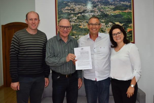 Foto de capa da notícia: Prefeitura de Nova Petrópolis contribui com R$ 200 mil para elaboração do Plano de Mobilidade Urbana e Planejamento Estratégico do Município