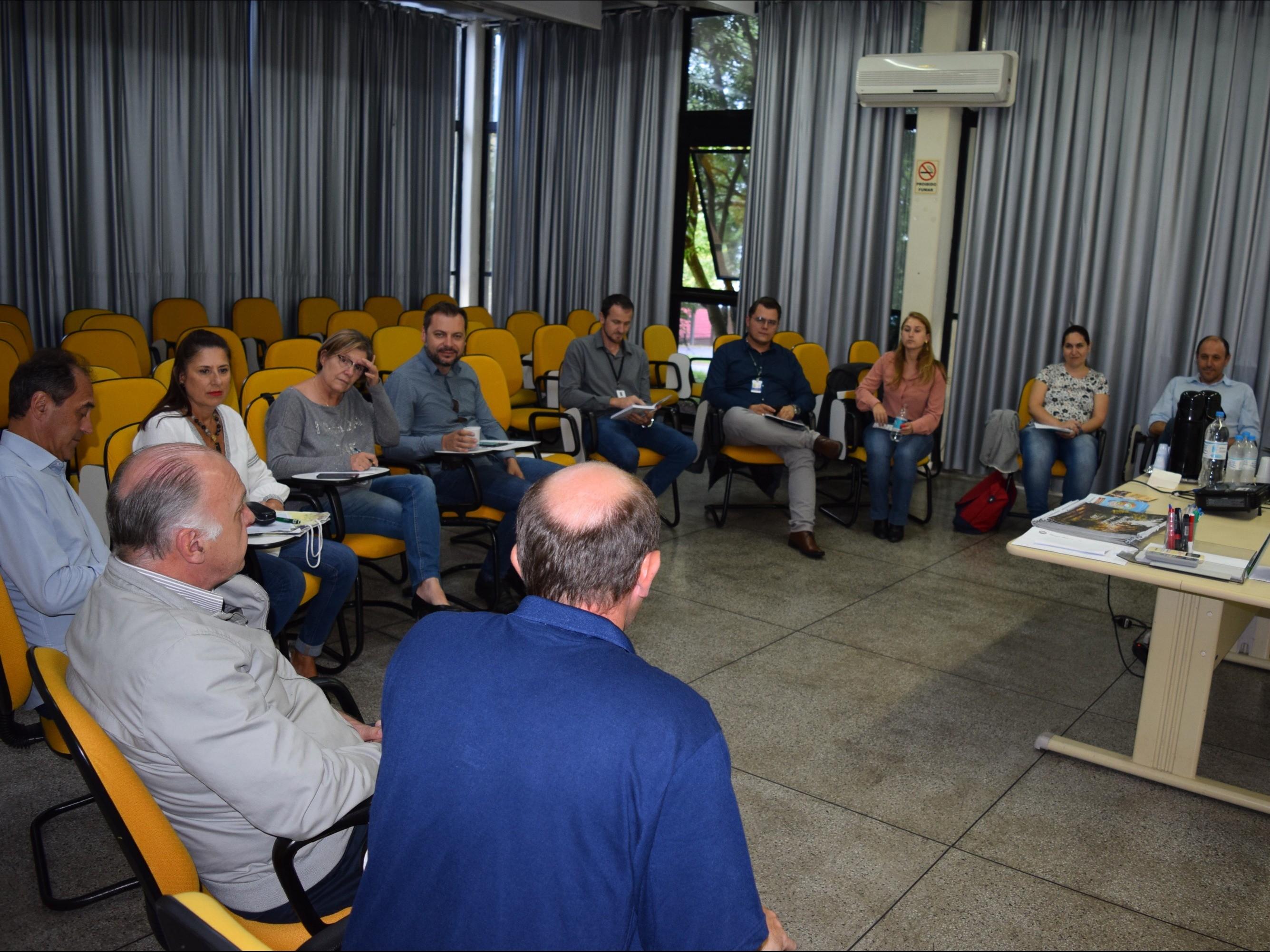Foto de capa da notícia: Lideranças do Turismo da Serra Gaúcha reunidas em Nova Petrópolis