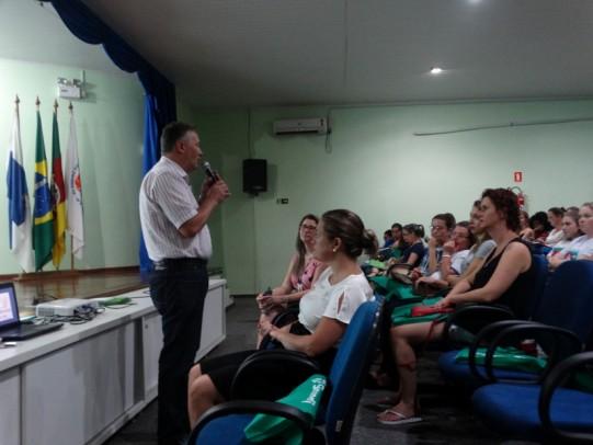 Foto de capa da notícia: Educação Infantil terá 14 encontros durante a Formação Continuada 2019