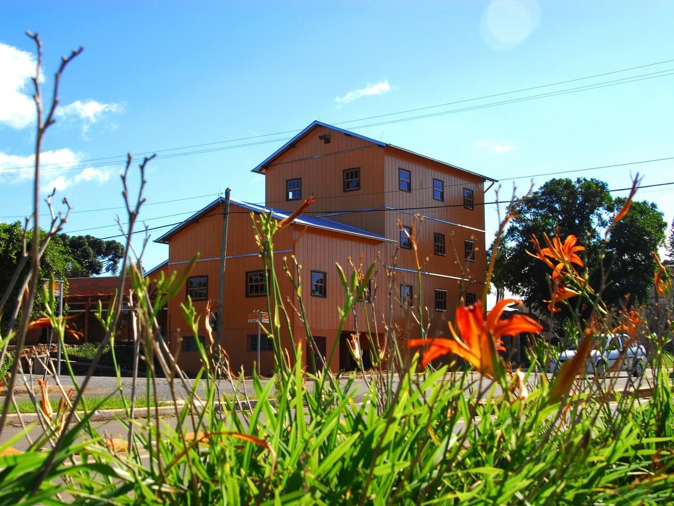 Foto de capa da notícia: Atrativos turísticos e espaços públicos recebem manutenção em Nova Petrópolis