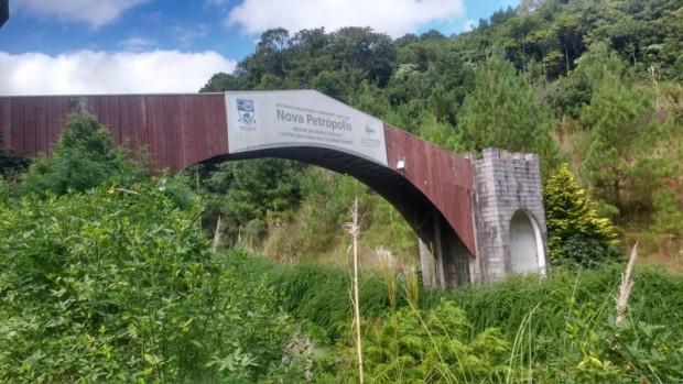 Foto de capa da notícia: Pórtico localizado na RS 235 será revitalizado em Nova Petrópolis