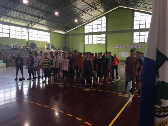 Foto de capa da notícia: 10º Campeonato Municipal de Futsal Sub-17 envolve cinco equipes de Nova Petrópolis