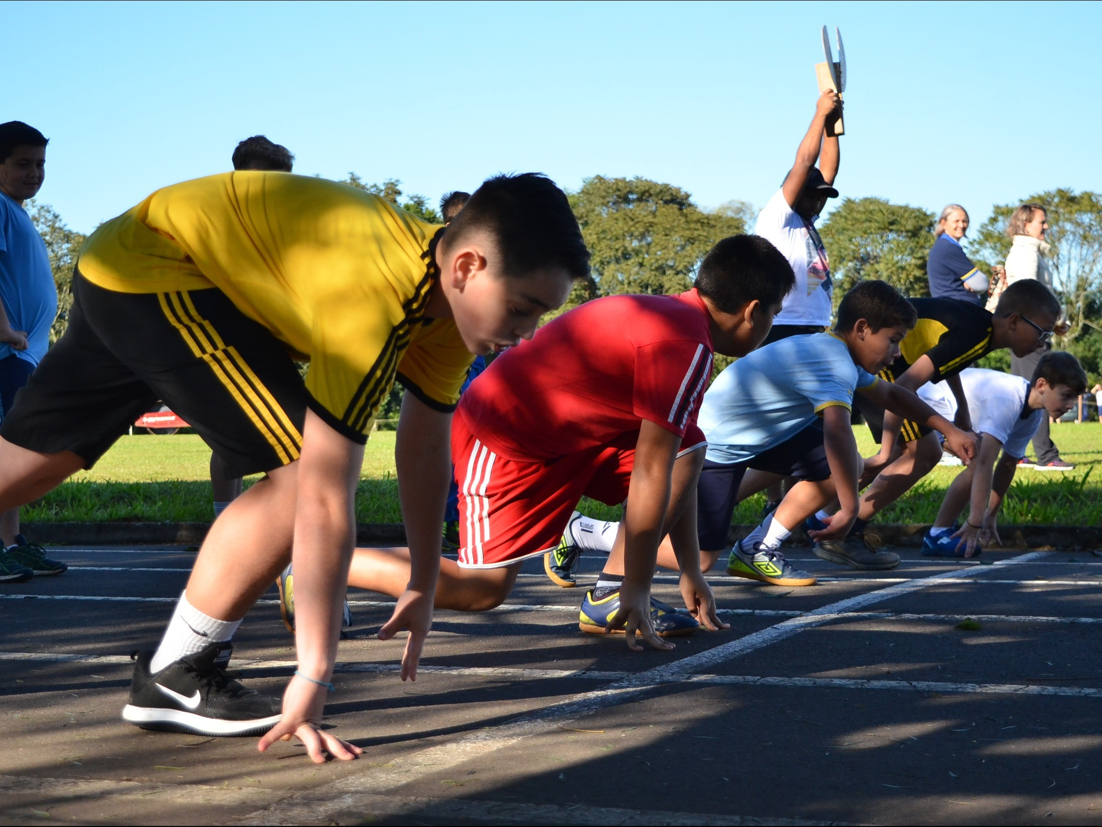 Foto de capa da notícia: Provas de atletismo abriram a Olimpíada Escolar 2019
