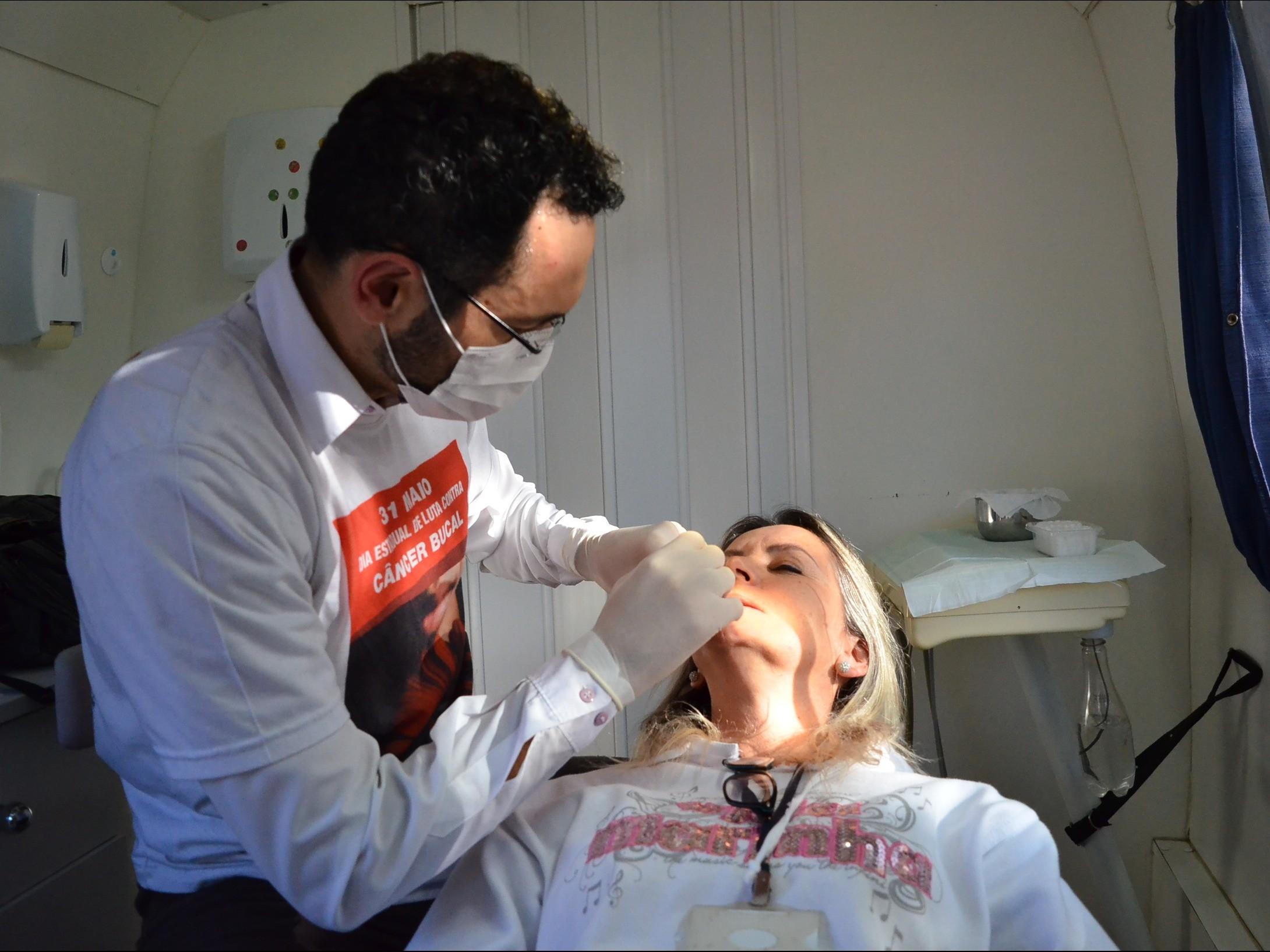 Foto de capa da notícia: Prefeitura de Nova Petrópolis realiza ação de prevenção ao câncer bucal