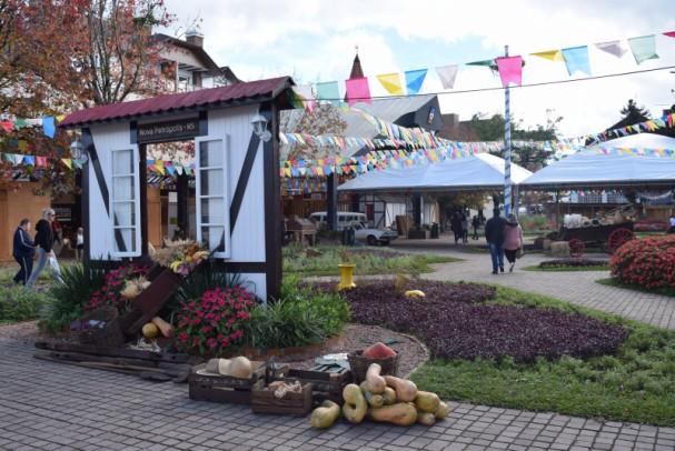 Foto de capa da notícia: Festival Sabores da Colônia estreia na Rua Coberta e Praça das Flores nesta sexta-feira