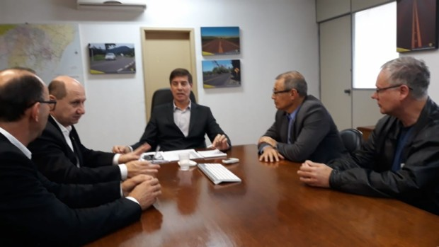 Foto de capa da notícia: Governo do RS anuncia R$ 2,5 milhões para recuperação da Estrada de Linha Temerária