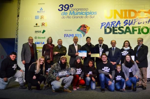 Foto de capa da notícia: Projeto Arte Urbana de Nova Petrópolis recebe Prêmio FAMURS de Boas Práticas