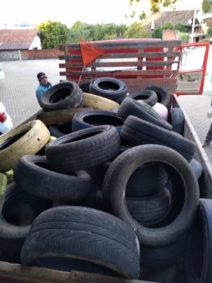 Foto de capa da notícia: Nova Petrópolis realizou coleta de pneus em ação conjunta