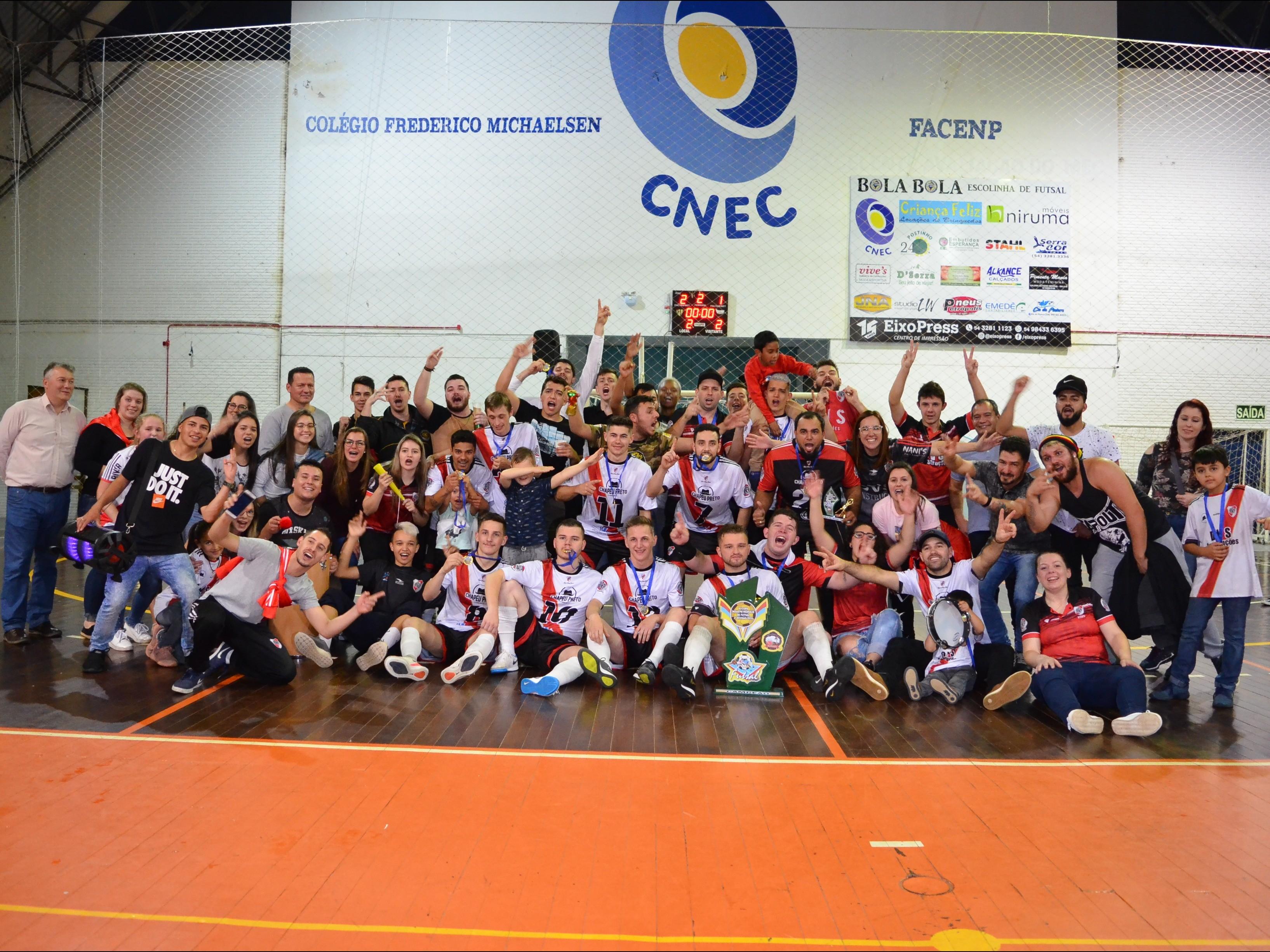 Foto de capa da notícia: River Plate Futsal é campeão da Copa Nova Petrópolis de Futsal 2ª Divisão