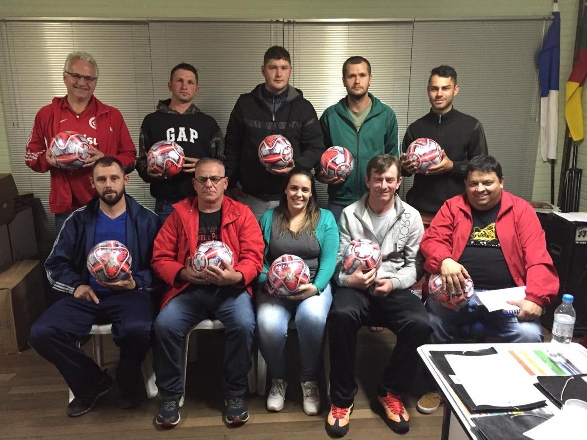 Foto de capa da notícia: Seis times disputam o Futebol de Campo em Nova Petrópolis