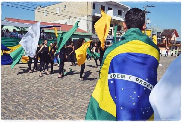 Foto de capa da notícia: Desfile Cívico 2019