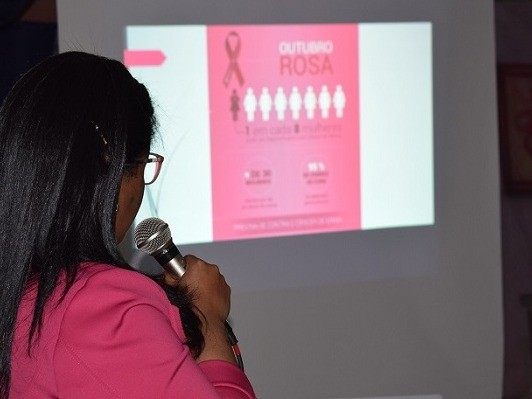 Foto de capa da notícia: Outubro Rosa na EMEI
