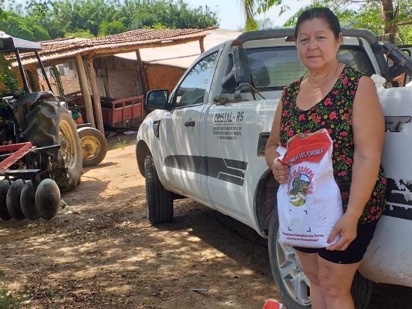 Foto de capa da notícia: Distribuição de sementes de milho crioulo