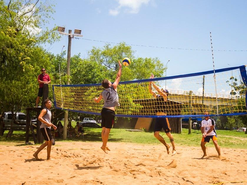 Foto de capa da notícia: 2º Torneio de Vôlei