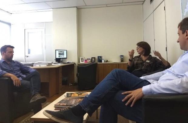 Foto de capa da notícia: Prefeita se reúne com Diretor do DAER