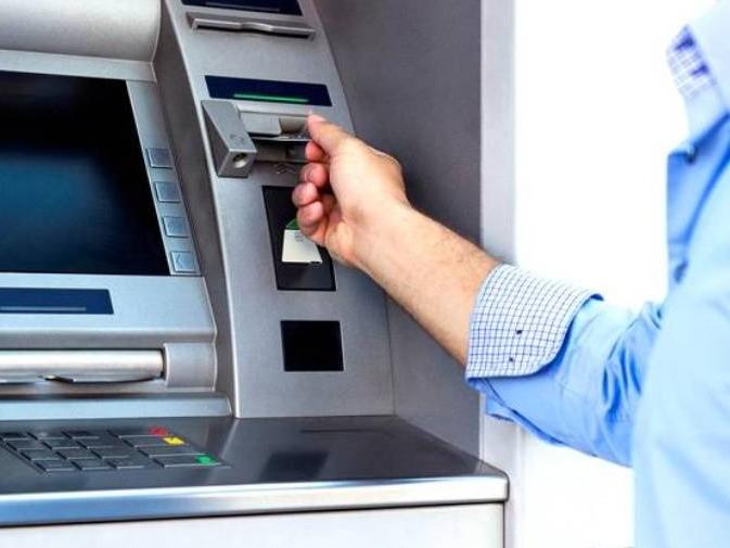 Foto de capa da notícia: Bancos atendem com horários especiais e reduzidos
