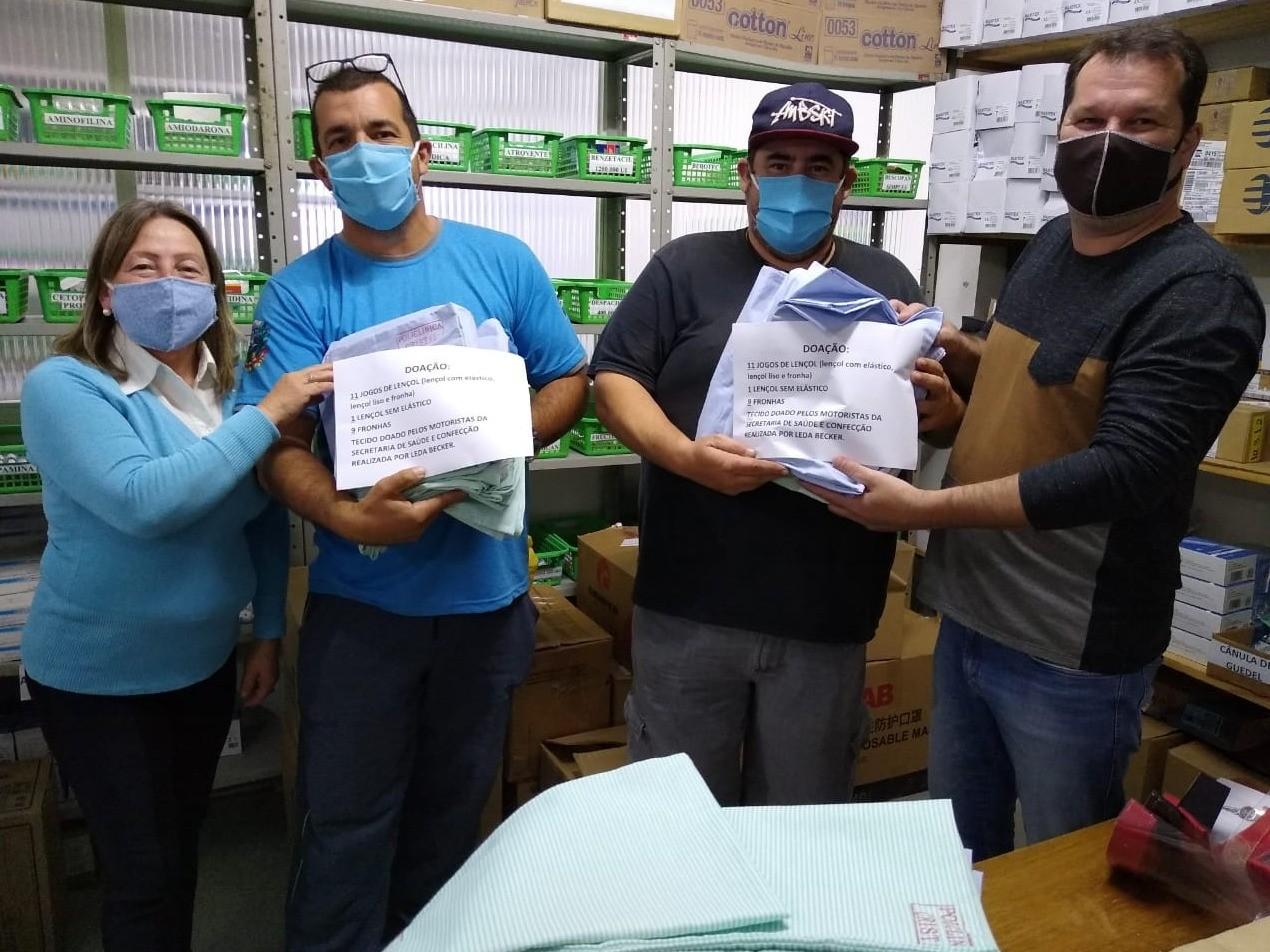Foto de capa da notícia: Funcionários de Cristal realizam doação ao Posto de Saúde