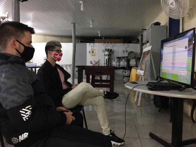Foto de capa da notícia: 1º Campeonato Virtual de Futebol de Cristal