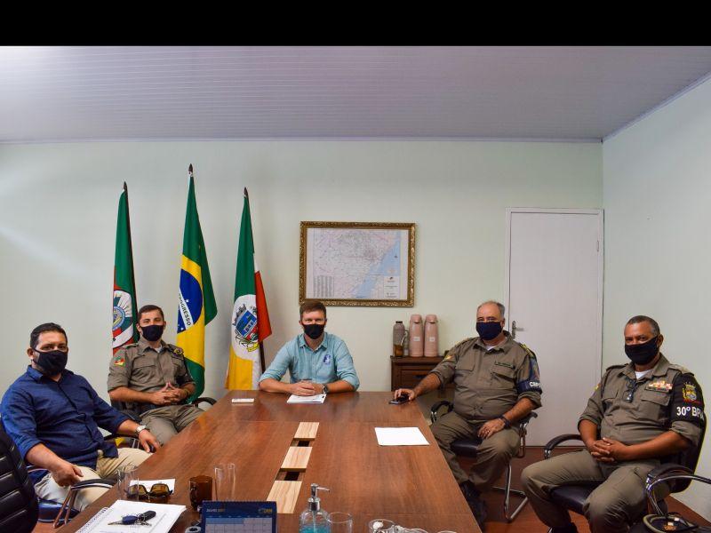 Foto de capa da notícia: Comandantes da Brigada Militar da região visitam o gabinete