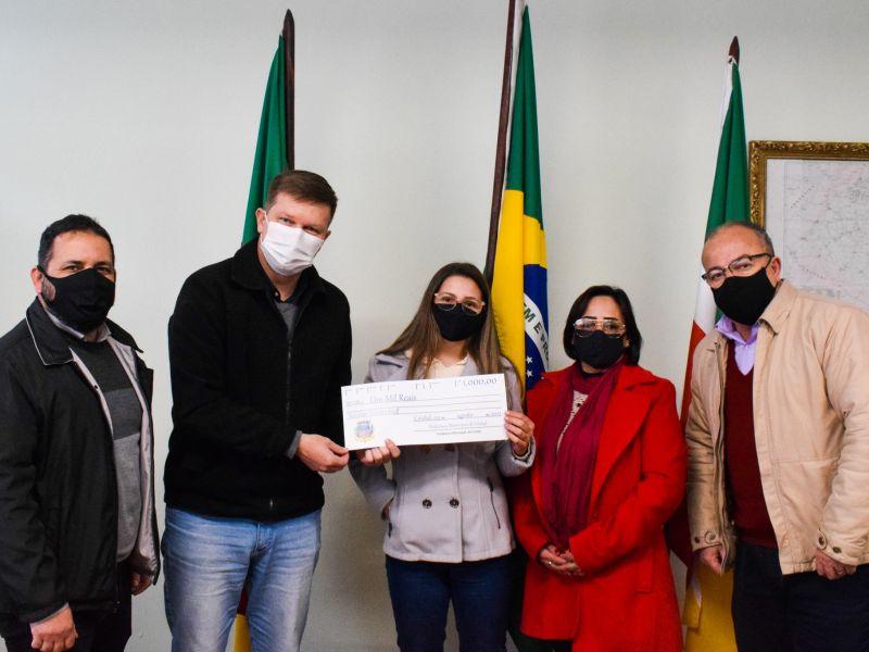 Foto de capa da notícia: Premiação da Nota Fiscal Gaúcha pelo município já sorteou sete pessoas que ganharam R$1.000,00 (mil reais)