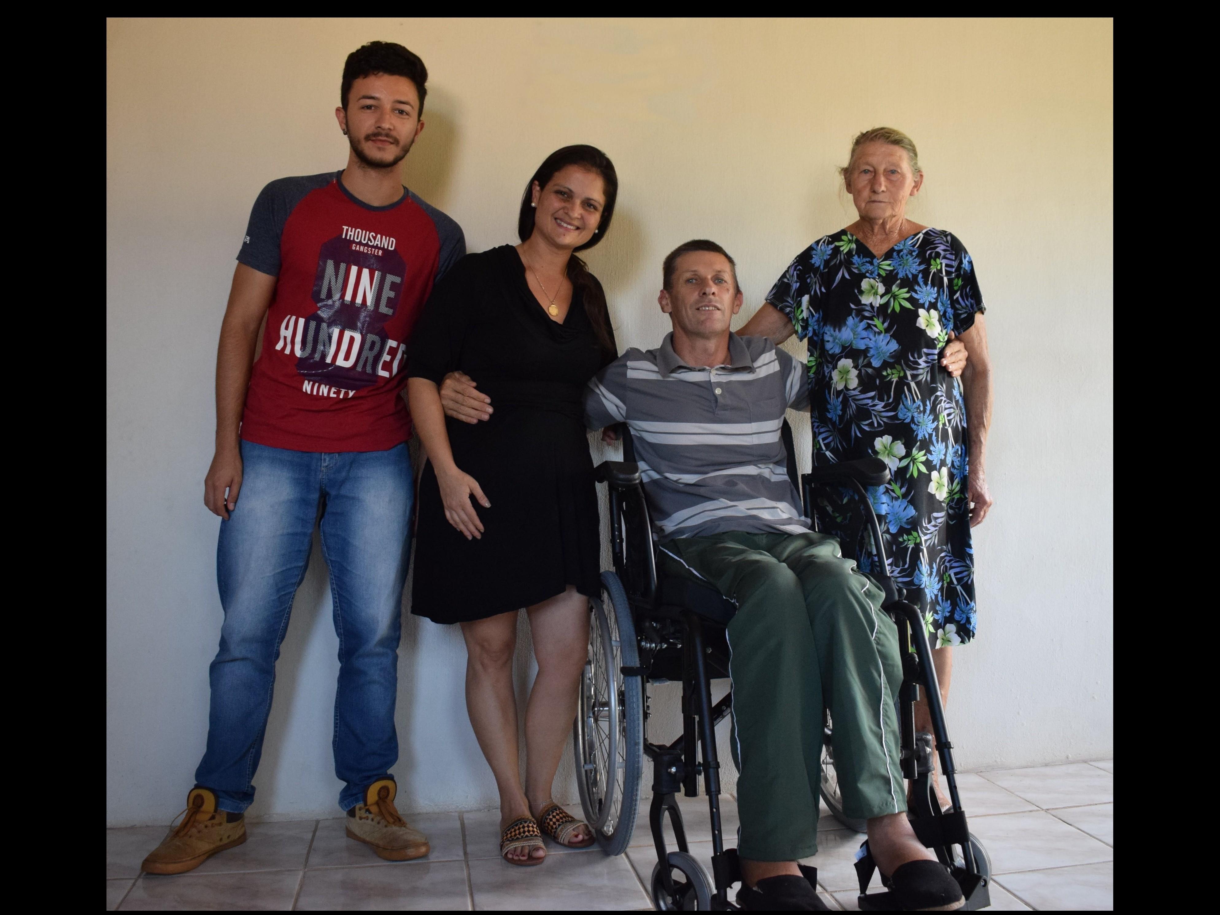 Foto de capa da notícia: AESC realiza ação social