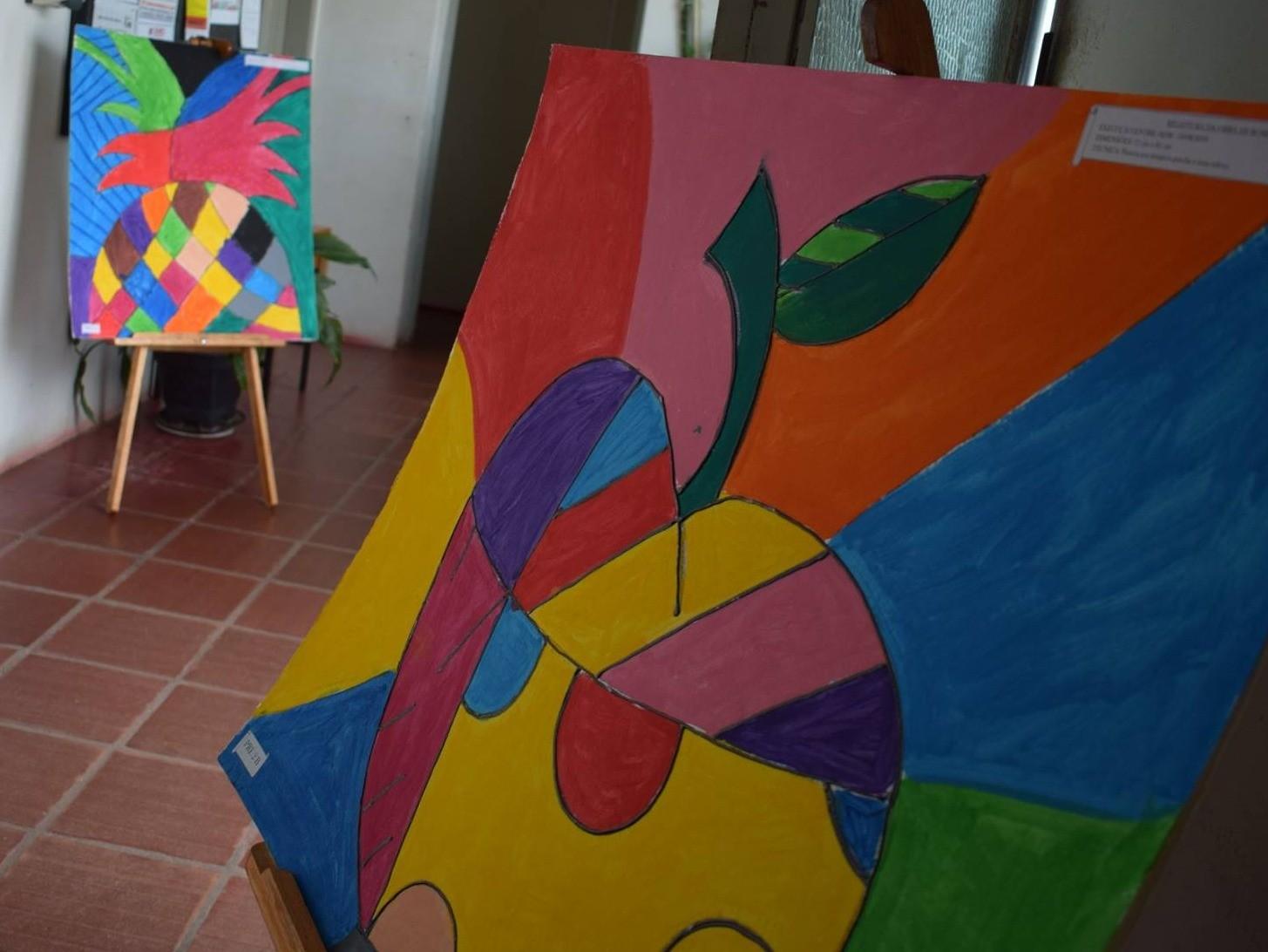 Foto de capa da notícia: Obras de Romero Britto pelos alunos da E.M.E.I. Primeiros Passos