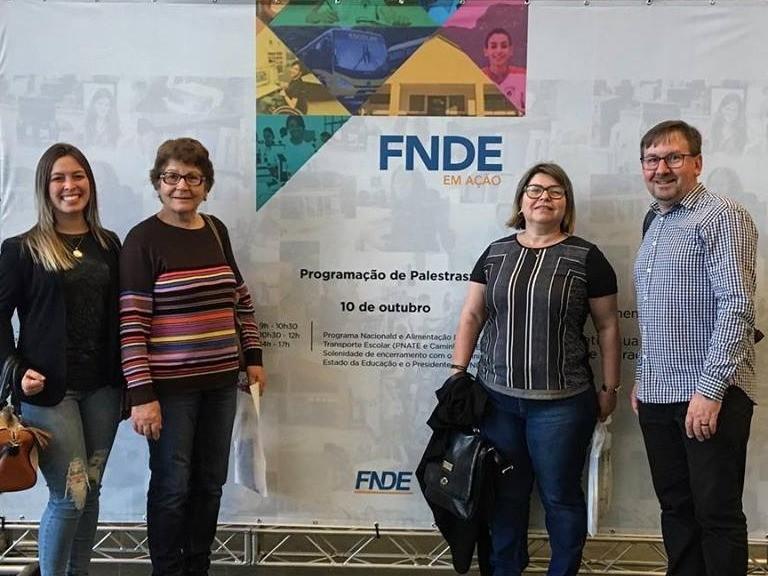 Foto de capa da notícia: Secretaria Municipal de Educação participa do FNDE em Ação!