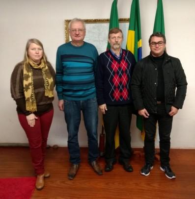 Foto de capa da notícia: Presidente do COREDE visita Cristal