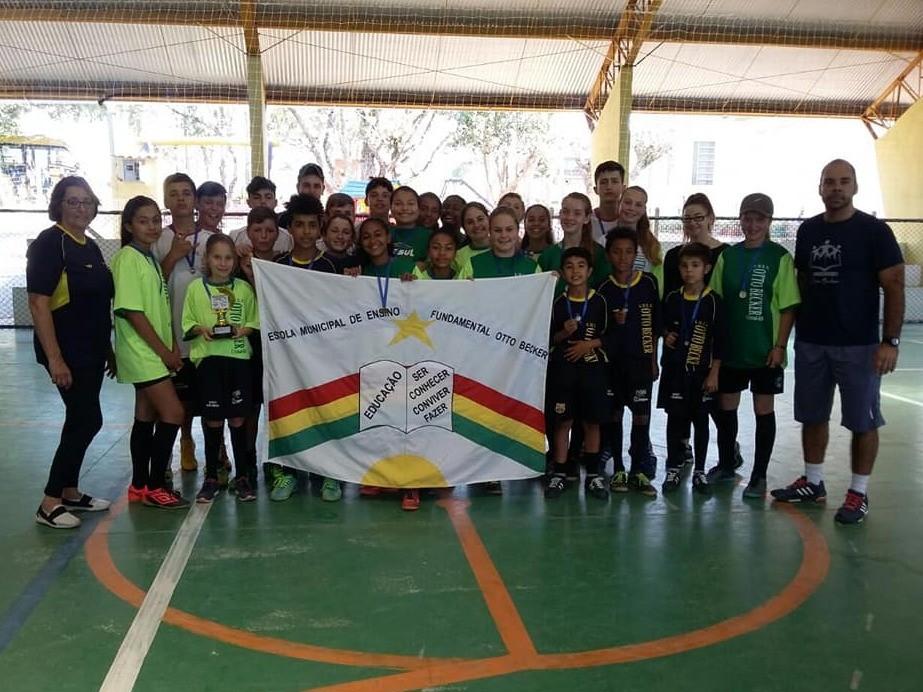 Foto de capa da notícia: Otto Becker mais uma vez campeã no Futsal