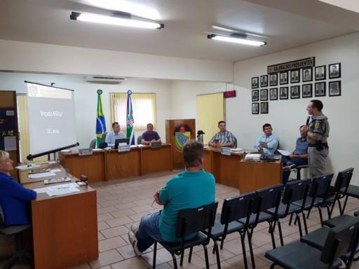 Foto de capa da notícia: Novo Comandante da Brigada Militar se apresenta na Câmara de Vereadores.