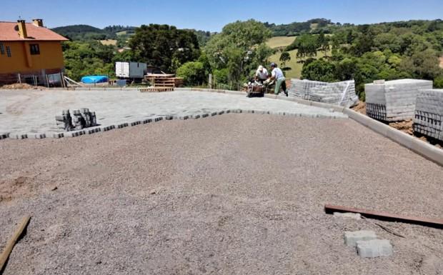 Foto de capa da notícia: Projeto de pavimentação urbana continua