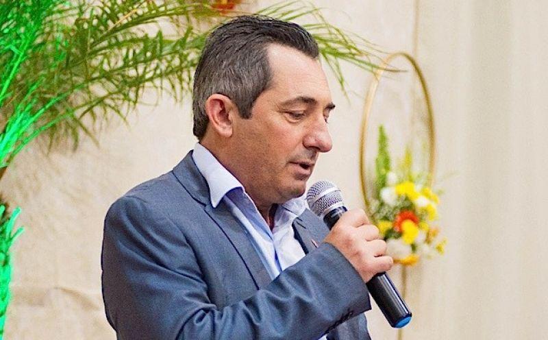 Foto de capa da notícia: Prefeito de Ipê, Valério Marcon, anuncia processo de transição de governo