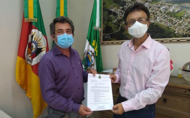 Foto de capa da notícia: Iniciado processo de transição na administração municipal de Ipê