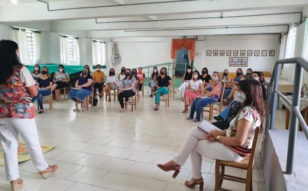 Foto de capa da notícia: ENCONTRO PARA FORMAÇÃO DE PROFESSORES
